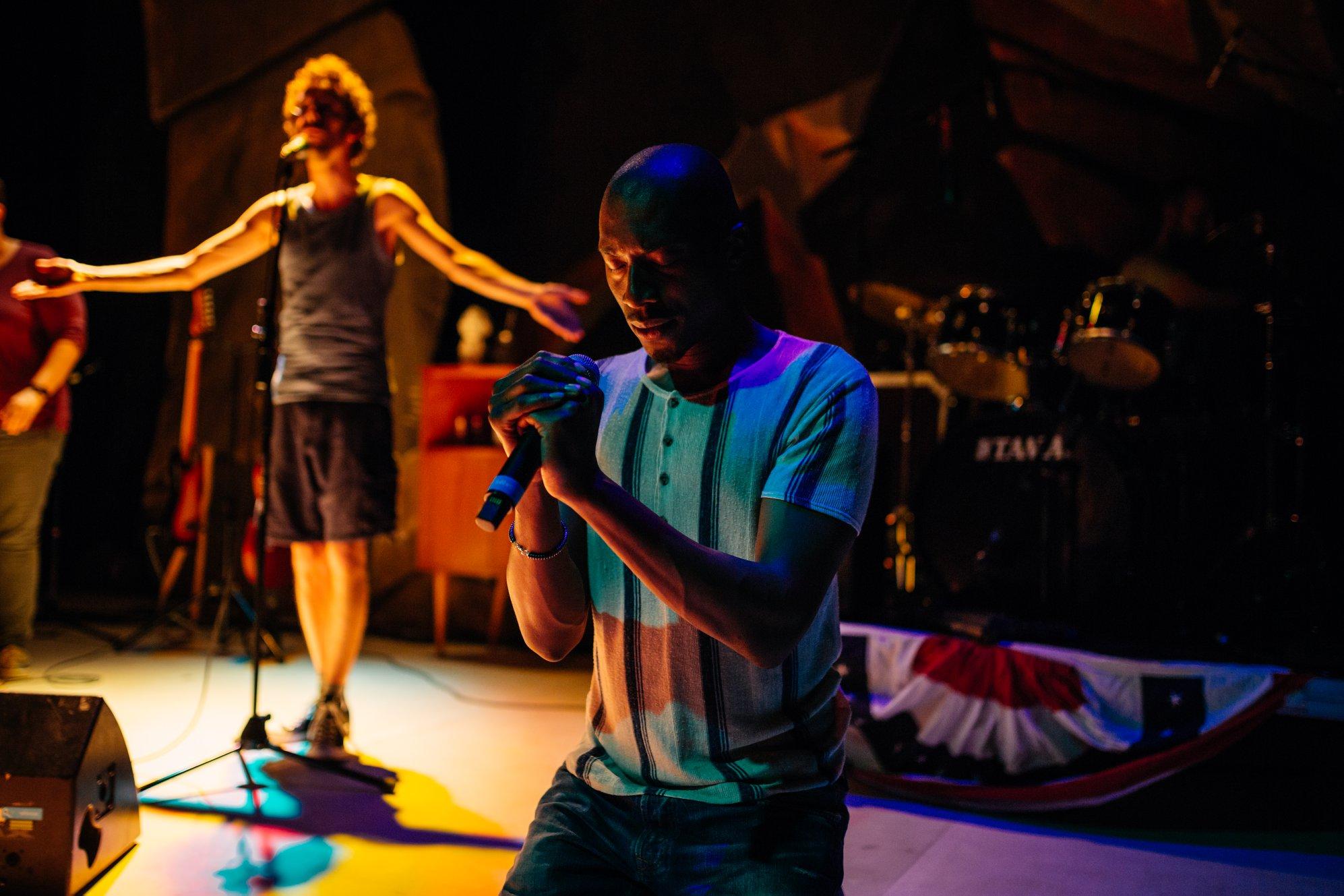 Theatre_Cosmik Debris (c) Agence Culturelle Grand Est - V. Muller_szenik-La Filature-Mulhouse