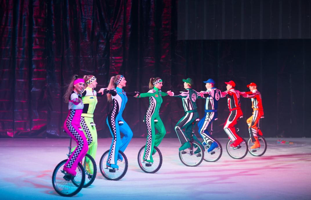 CIRQUE_cirque de russie sur glace_LA COUPOLE SAINT LOUIS_SZENIK