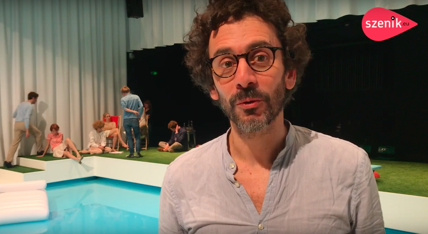 CRÉATION THÉÂTRE : Piscine(s) de François Bégaudeau à la Comédie de Colmar I Interview avec Matthieu Cruciani