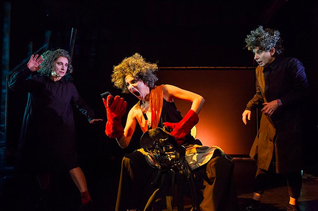 Hippolyte, une pièce de théâtre de la Compagnie Le Talon Rouge