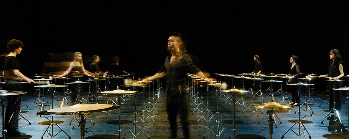 100 Cymbals_les percussions de Strasbourg_festival musica_Ian-Byers Gamber pour LA Phil_szenik