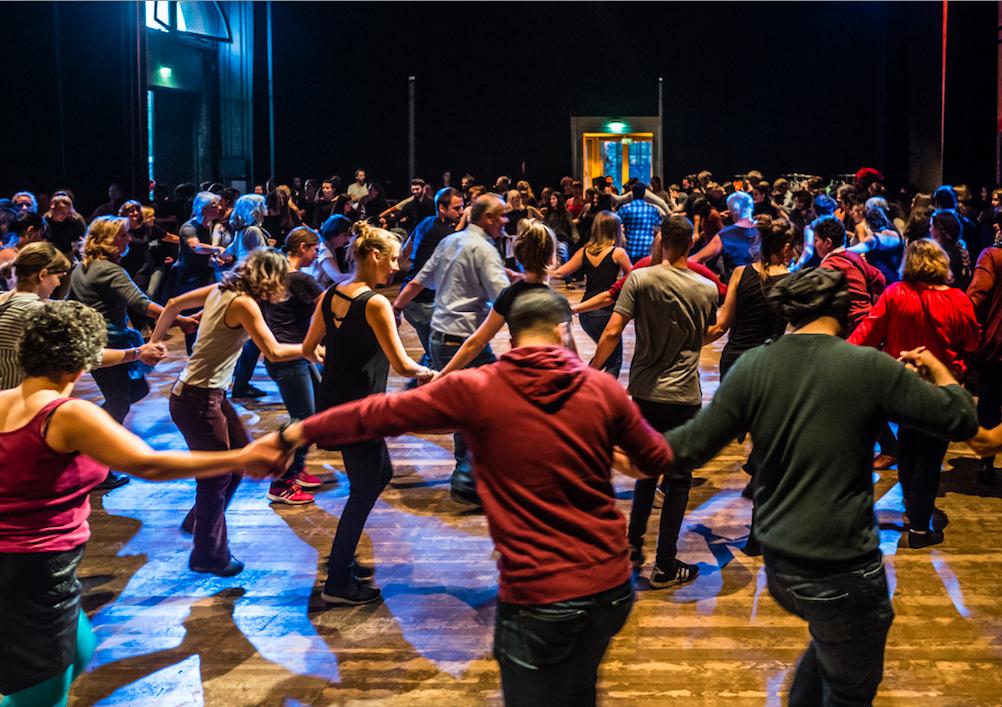 Dabke Community Dancing im Rahmen von Zuhören I Foto: Jason Krüger