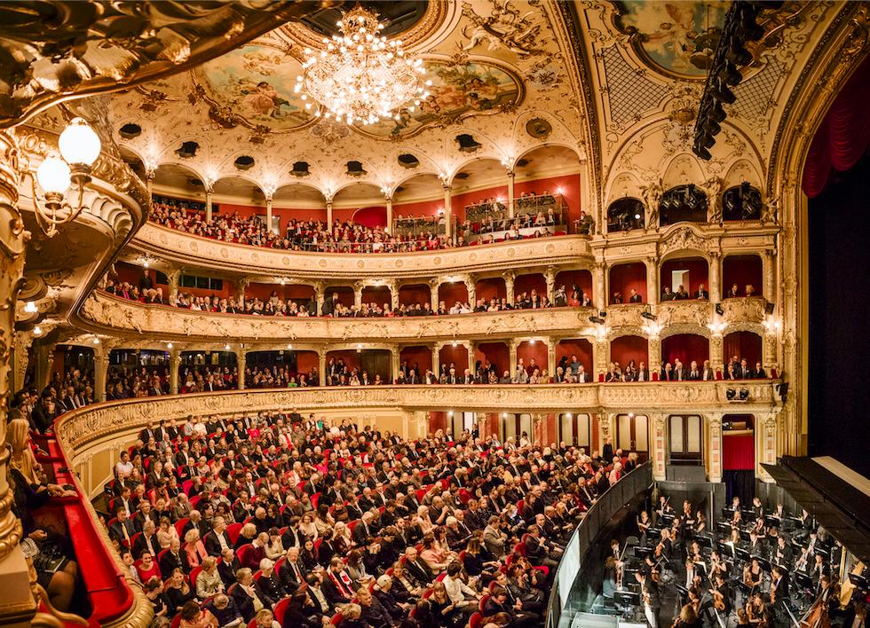 Das Junior Ballett Zürich präsentiert IMPULSE
