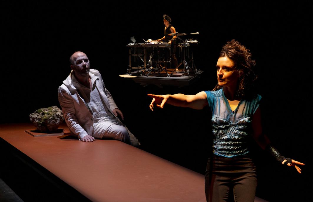 Théâtre : Ion ou le partage du divin de Jean Deloche sur szeniklive