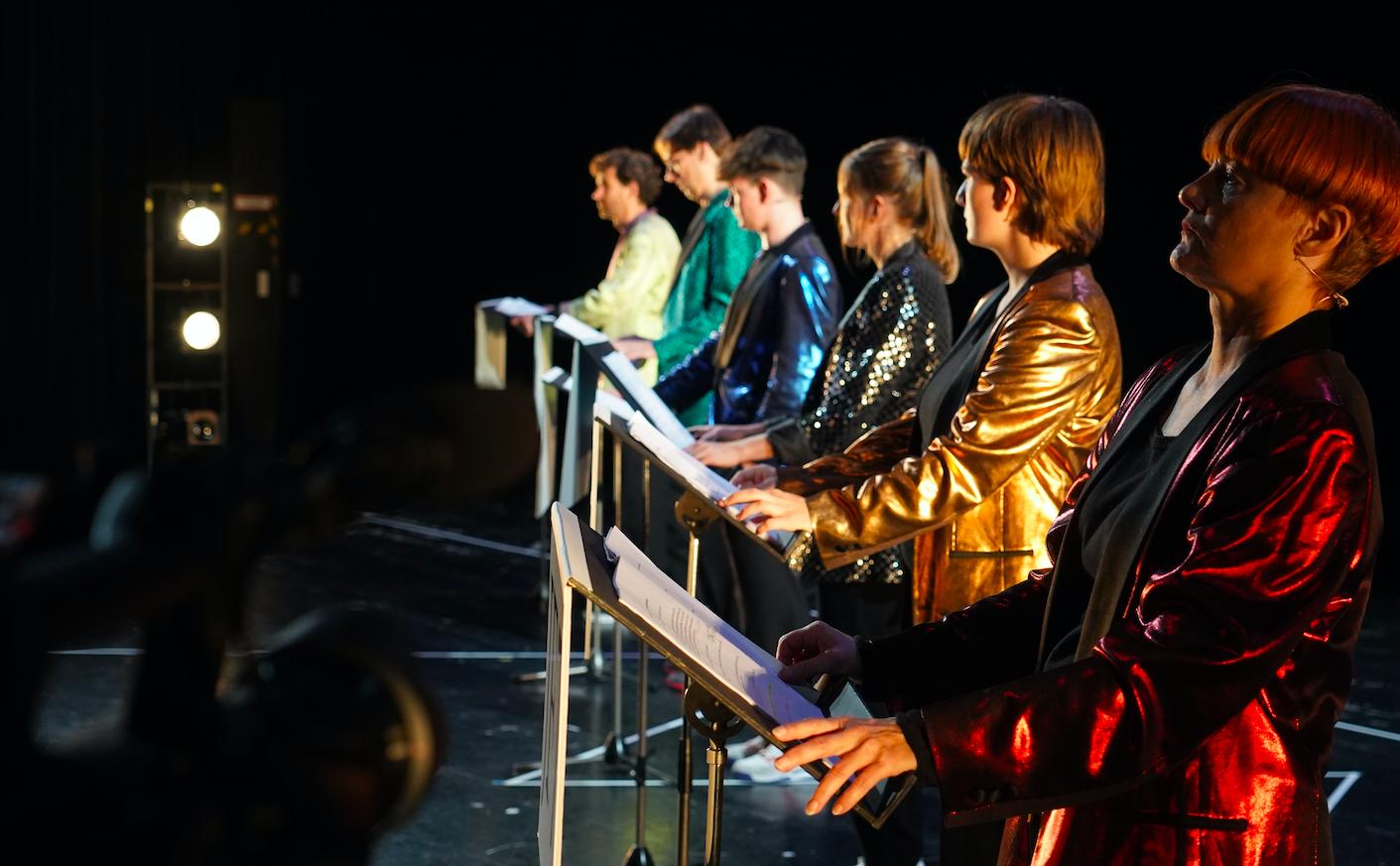 Festival Primeurs: Interview zu Manifest der Jungen Frau I szenik